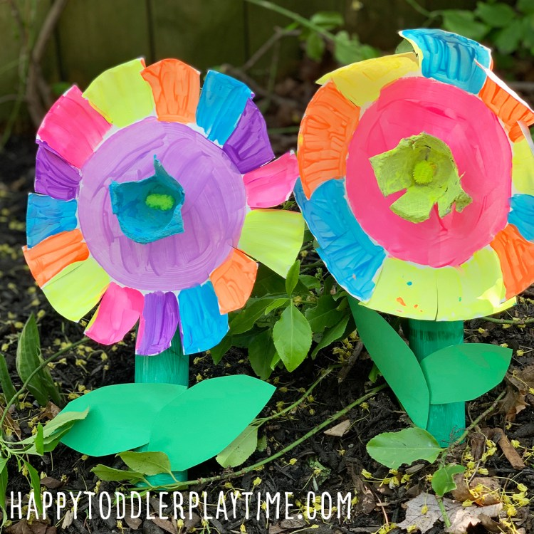 Spinning Paper Plate Flower Craft