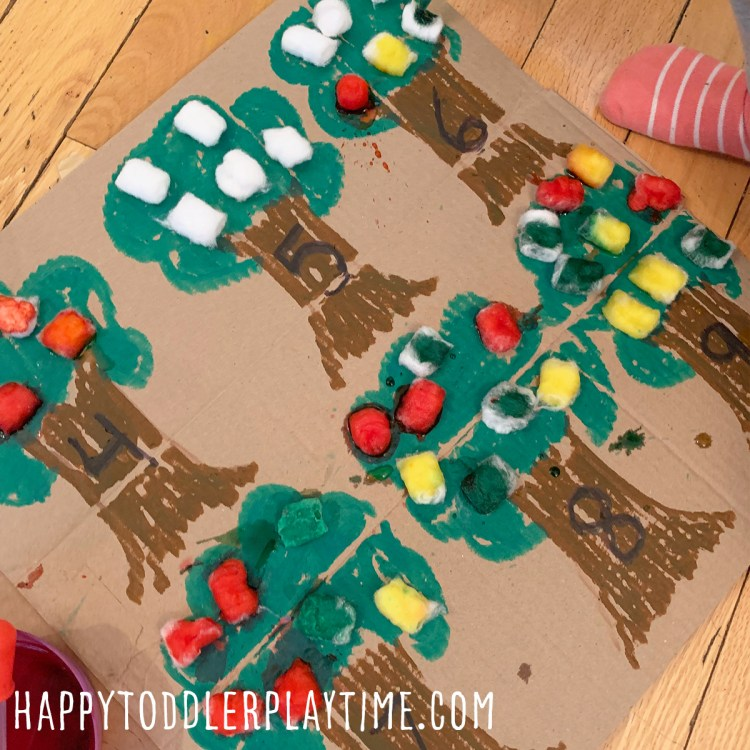 Cotton Ball Apple Counting Activity
