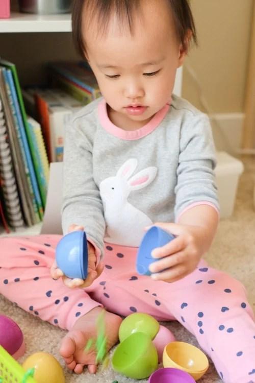 Dinosaur theme egg shell breaking activity for toddler