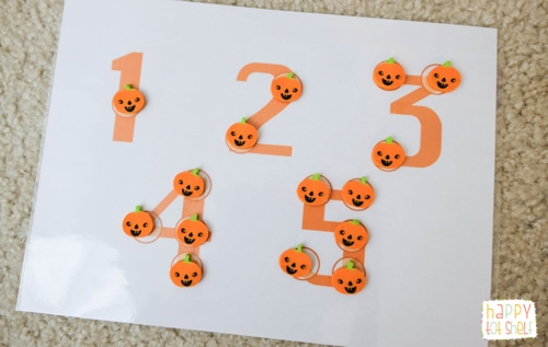 Halloween theme counting activity