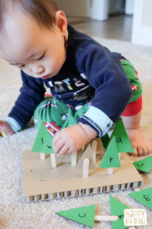 Christmas tree fine motor activity for toddlers