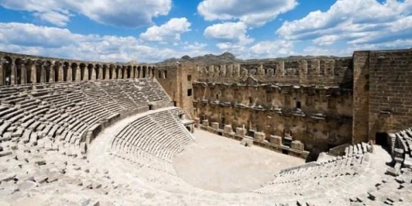 Античный амфитеатр Аспендос фото