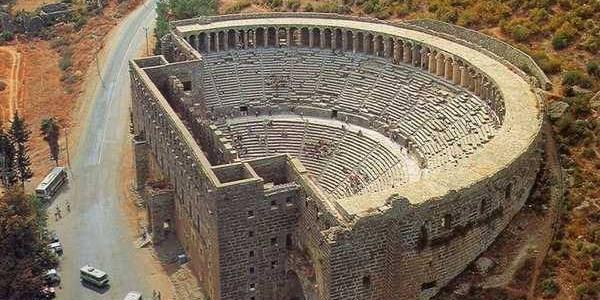 Античный амфитеатр Аспендос
