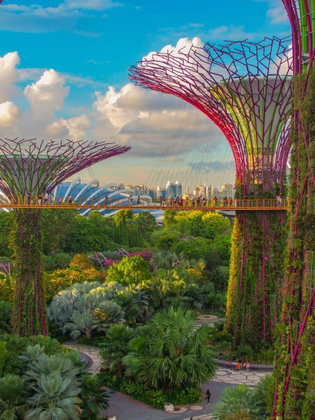 A full list of world capitals, including photos for each city. If you're looking for a list of capital cities around the world, this is it! #Geography #Travel