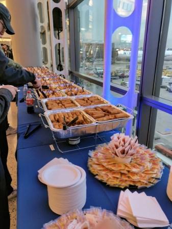 United Inaugural 787-10 Flight Buffet