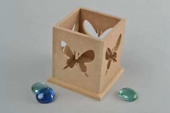 Küp şeklinde kendi ellerinizle bir şamdan nasıl yapılır?
