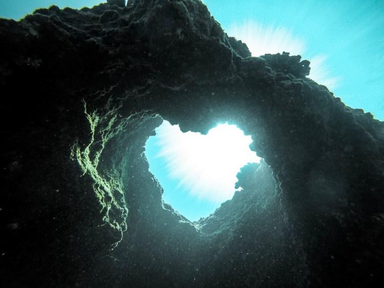ポエム「深い愛の中で」