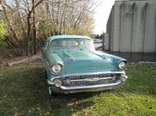 1957 Chevy Green (34)