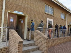 Muthi suspects are being escorted from court by police. Photo by Oris Mnisi.