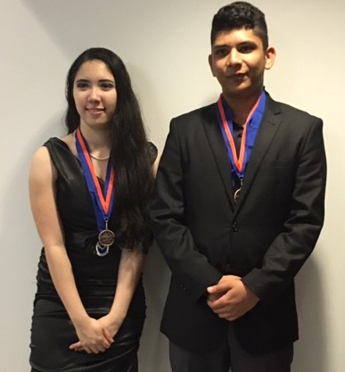 Cézanne Bies and Zain Khalid in the 2016 NYCSEF competition. They were recogized by NOASS and RICOH copany for the best project in ocean sustainable and restoration science.