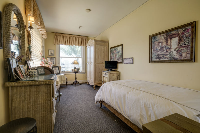 Residential Room HarborView Senior Assisted Living