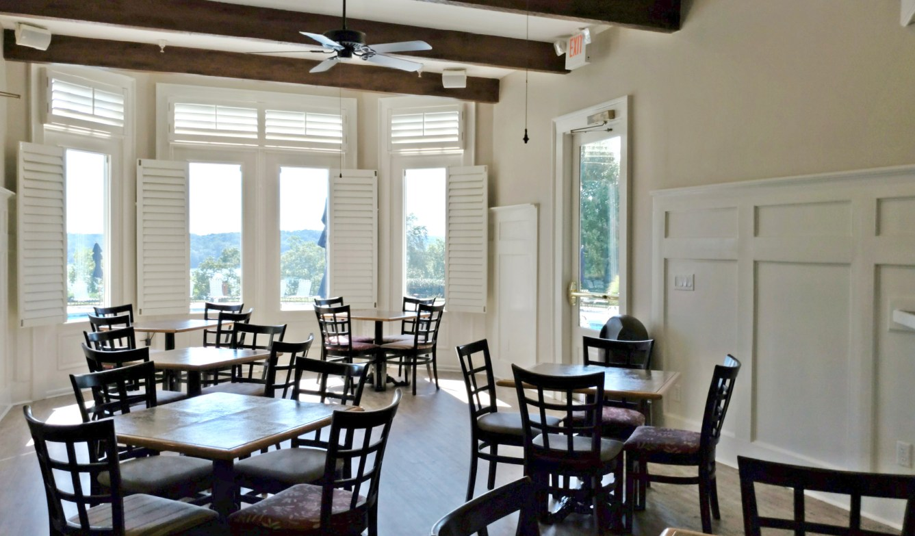 Harbour Point Clubhouse Dining Area