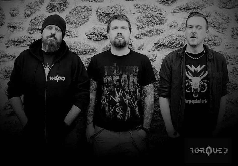 Torqued band photo