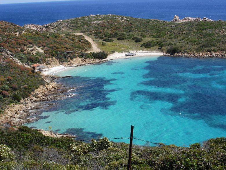 Cala_Sabina,_Isola_Asinara.jpg