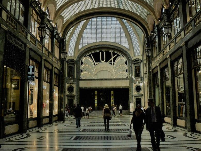 Cinema_Lux,_Gallery_of_San_Federico,Turin-Italy.jpg