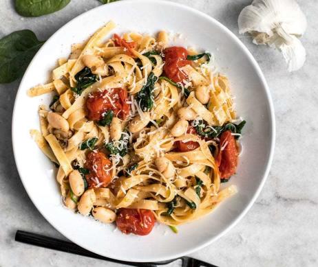 Easy Tuscan White Bean Pasta