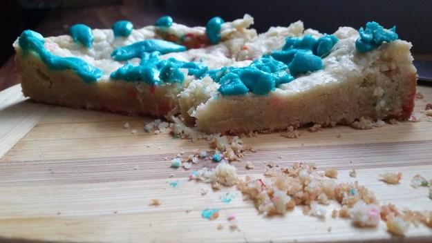 classic sugar cookie cake