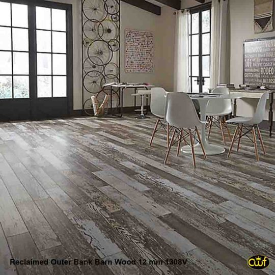 Reclaimed Barnwood Laminate Flooring   Laminate Flooring Designs Reclaimed Outer Bank Barn Wood 4 15 16 Hl1308v Ina Floor
