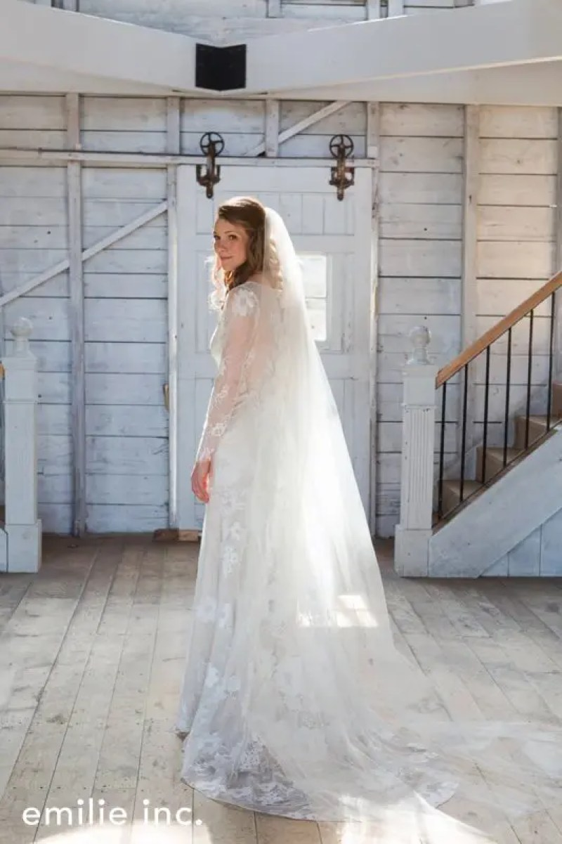hardy_farm_spring_wedding_emilie_inc_0007