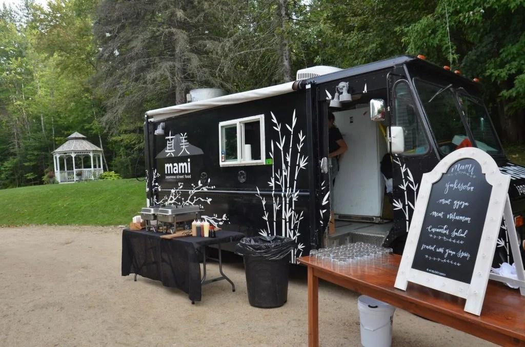 Mami food truck set up at wedding