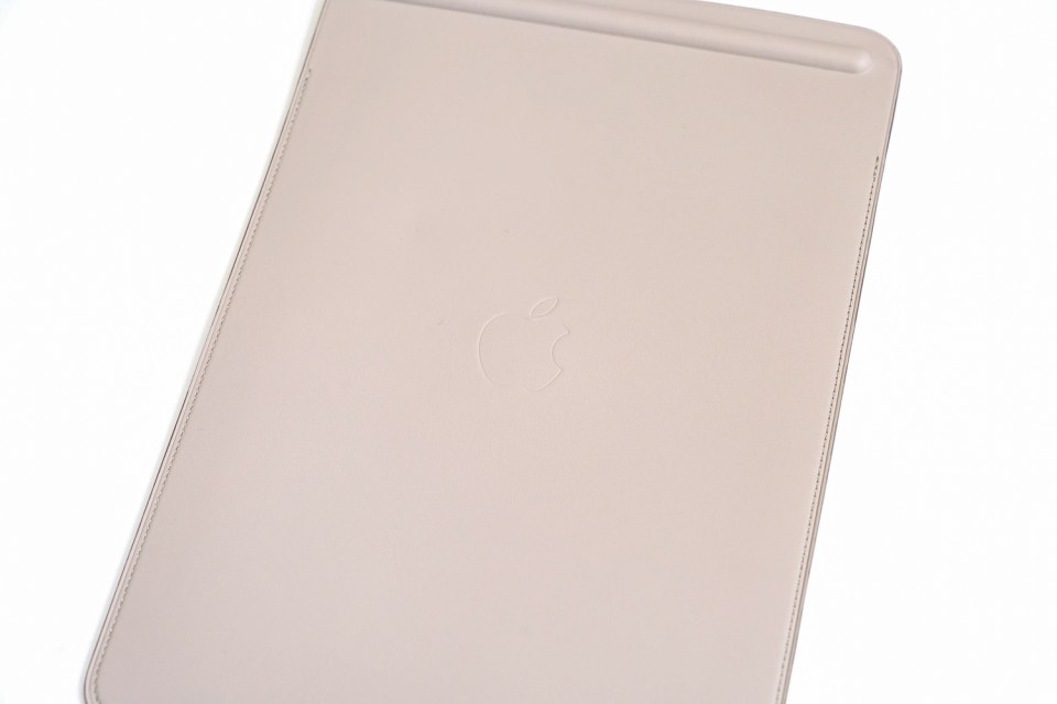 Ipad pro10 5 leather sleeve3