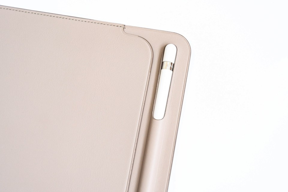 Ipad pro10 5 leather sleeve5