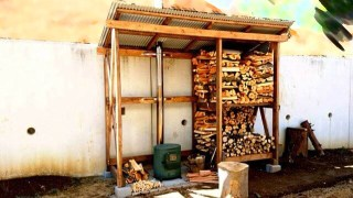 薪小屋の作り方