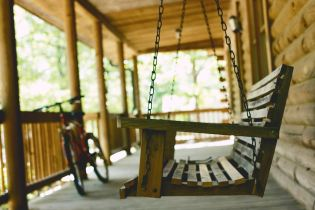 Building Sustainable Furniture for a Greener Future