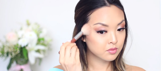 Harga Blush On - (Youtube: Jennifer Chiu)