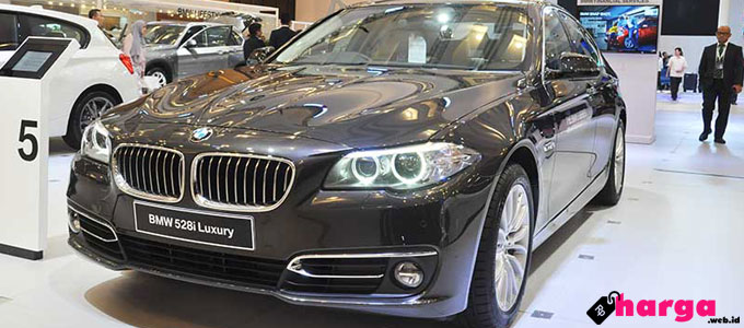 BMW 528i - www.gaikindo.or.id