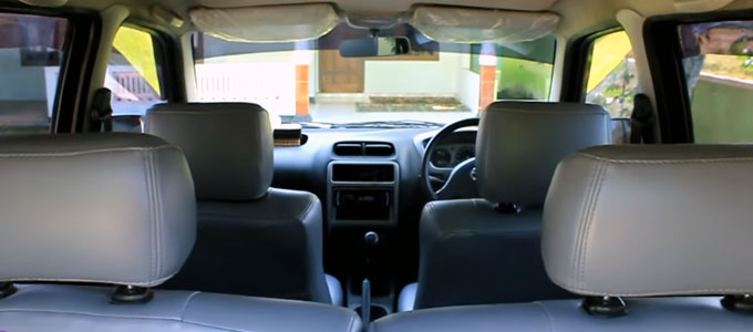 Interior Daihatsu Taruna (youtube: Proleevo Channel)