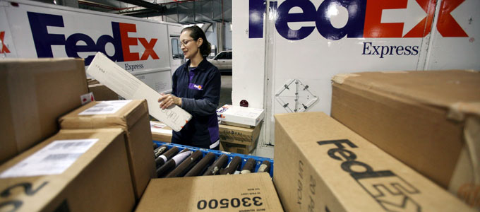 Fedex delivery (sumber: gowithneopost.com)