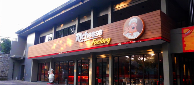Gerai Richeese Factory (sumber: id.openrice.com)