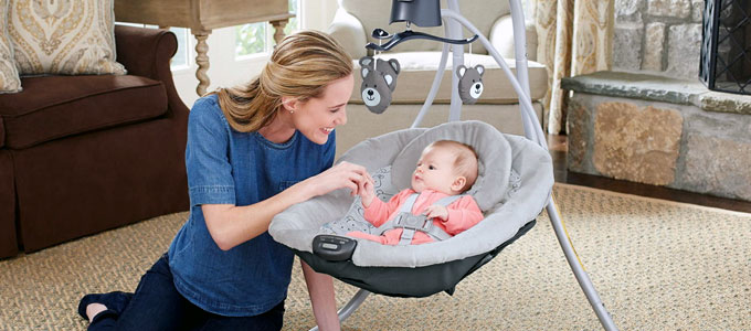 Graco Swing & Sooth Simple Sway (sumber: thekrazycouponlady.com)