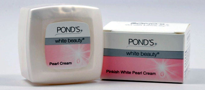 Salah satu varian produk Pond's White Beauty (sumber: trademe.co.nz)