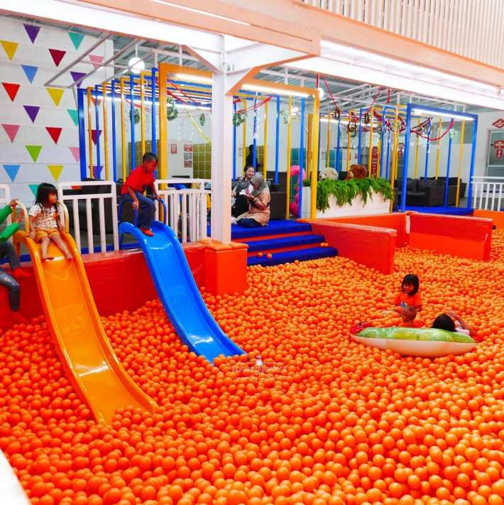foto centrum million balls