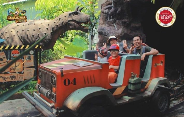 safari dino jungleland