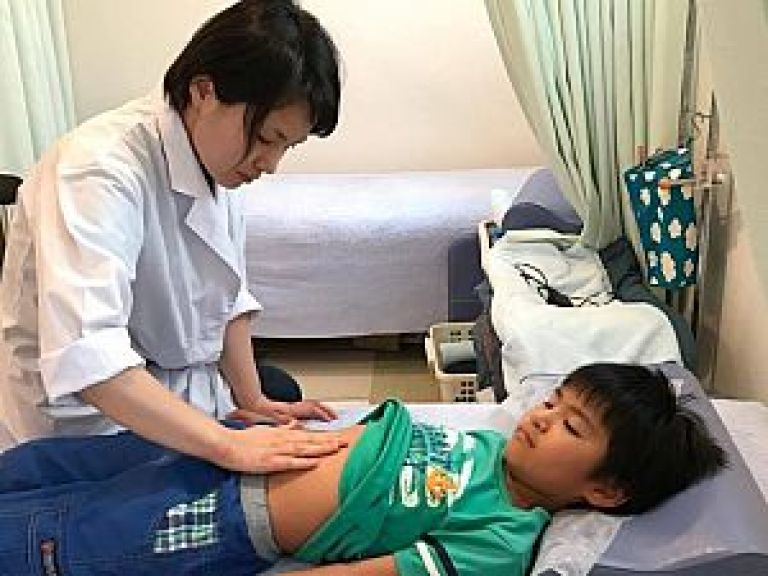 鍼道五経会では小児科から勉強する