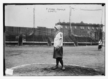 womens-baseball-in-harlem