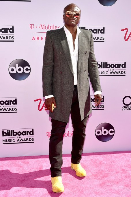 billboard-music-awards-2016-seal