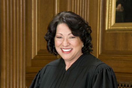 sonia_sotomayor_in_scotus_robe1