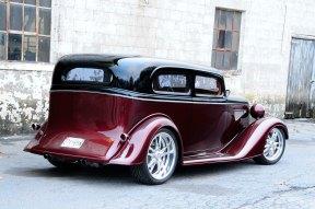 1934-chevy-sedan-maloney-rear-three-quarter-view