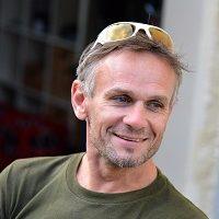 Dr Gregory Flinn