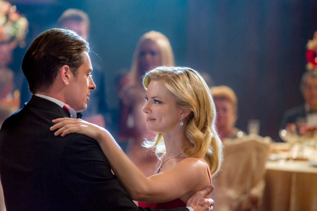 "Preview: ""Royal Hearts"" A Hallmark Channel Original Movie"