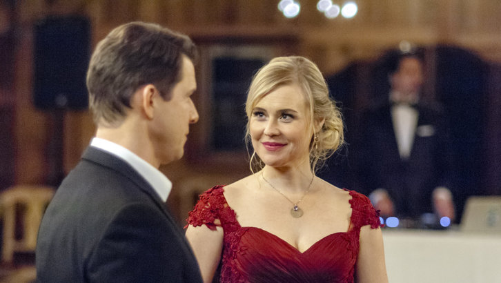"Exclusive: An Interview With Kristin Booth From Hallmark's ""Signed, Sealed, Delivered: To the Altar"""
