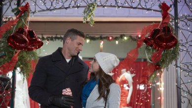 pride and mistletoe (14)
