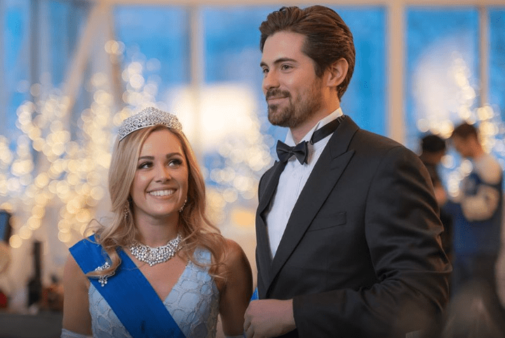 "Preview: ""A Winter Princess"" A Hallmark Channel ""Winterfest"" Original Movie (2019)"