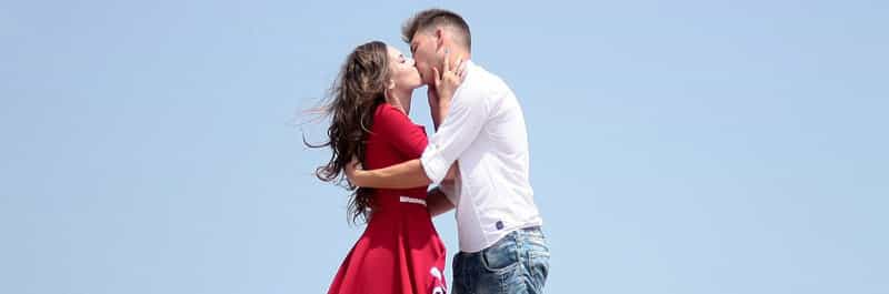 baiser couple