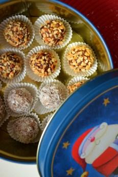 Fruit&Nut Truffles (DSC_0774)