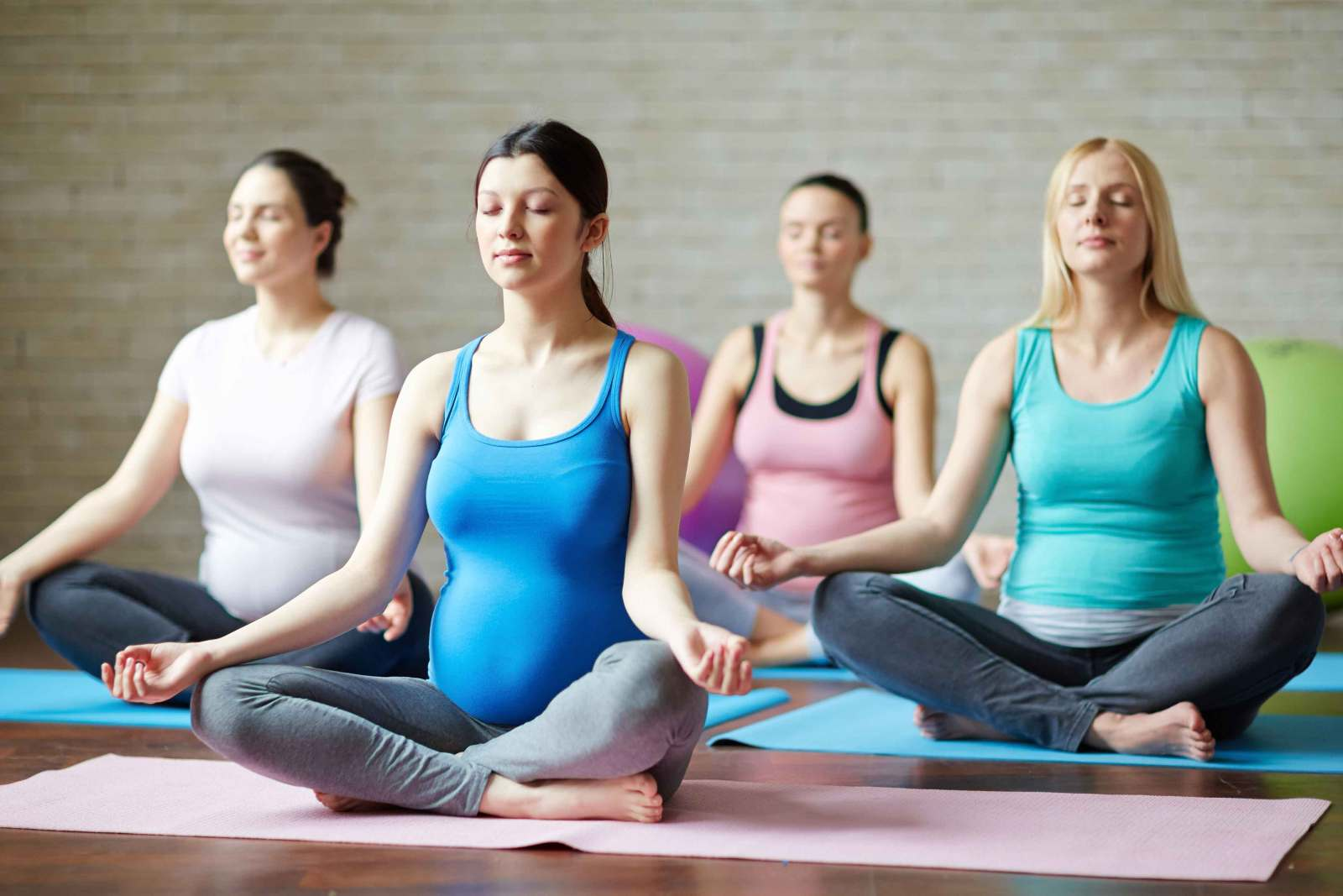 pregnancy yoga dartford